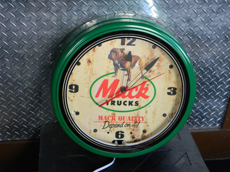 "20"" Mack Logo Neon Clock (Green)"