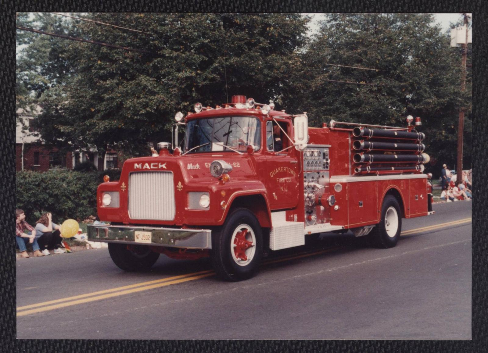 1973 Mack Tractor Truck : Looking for mack r fire truck apparatus