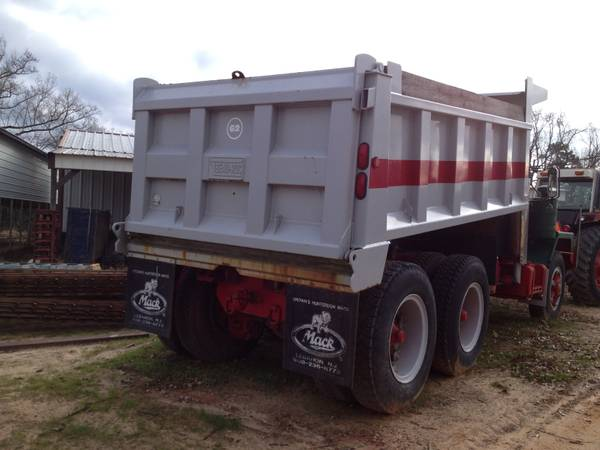 Craigslist Tool Box By Owner >> 1962 MACK, B-813SX Dump Truck - Trucks for Sale - BigMackTrucks.com