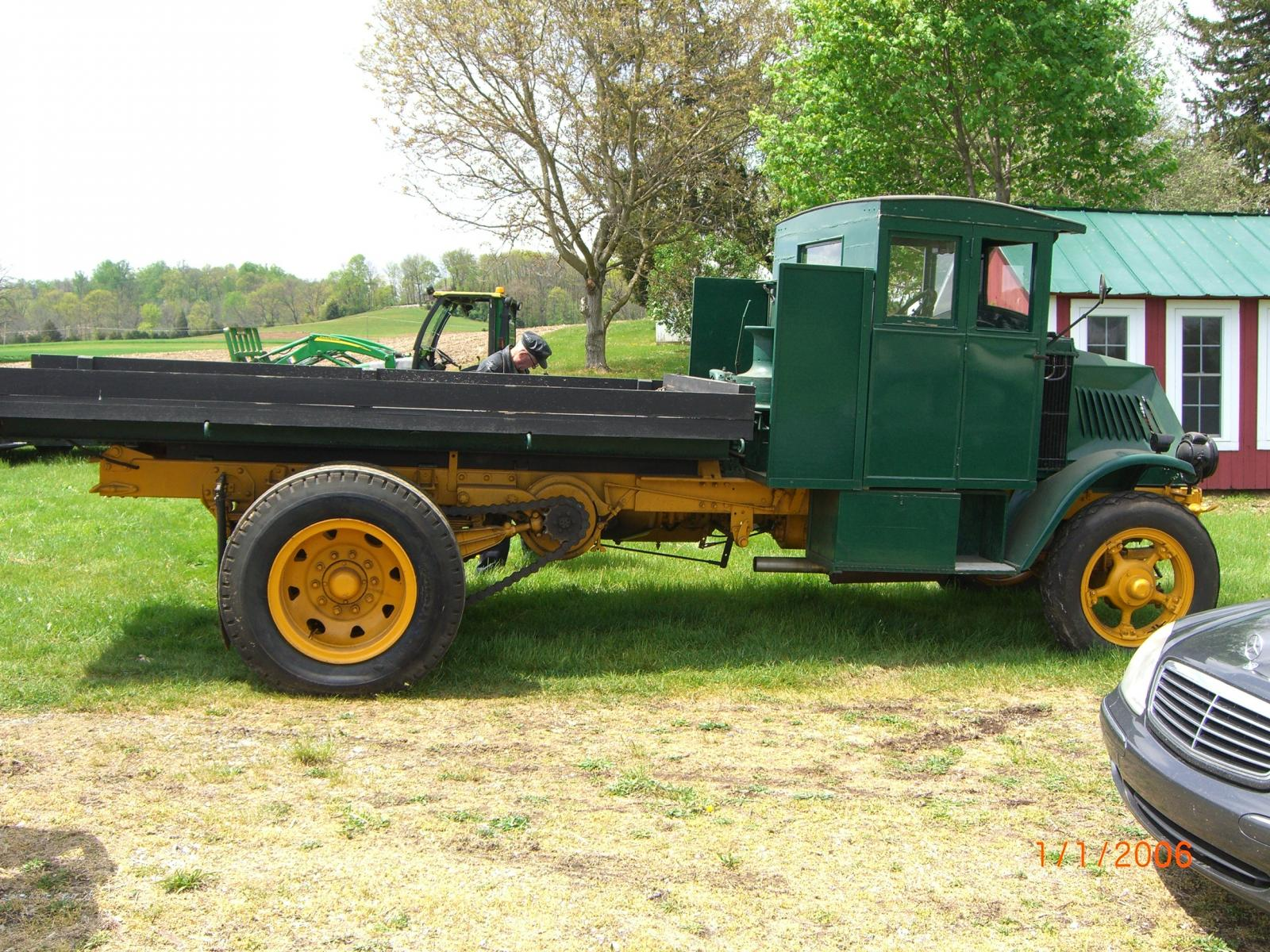 good old trucks for sale antique and classic mack trucks general discussion. Black Bedroom Furniture Sets. Home Design Ideas