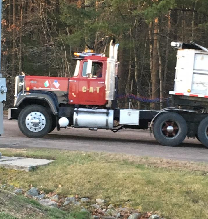 Some Superliner Pics. - Page 45 - Antique and Classic Mack ...