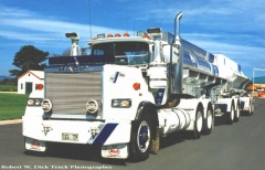 Chemical Cleaning Ltd. Mack Superliner E9-500