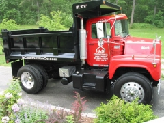 mack truck lettered pictures 012.jpg
