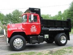 mack truck lettered pictures 008.jpg