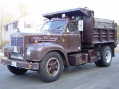 1962 B-75 single axle dump