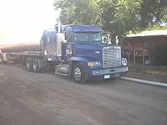 trucks 009.jpg