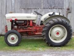 1955 Ford Model 850