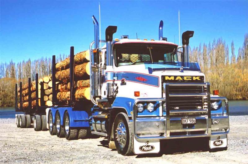 SML Mack Trident Tri-Drive