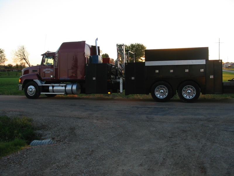 Mack Truck 034.jpg