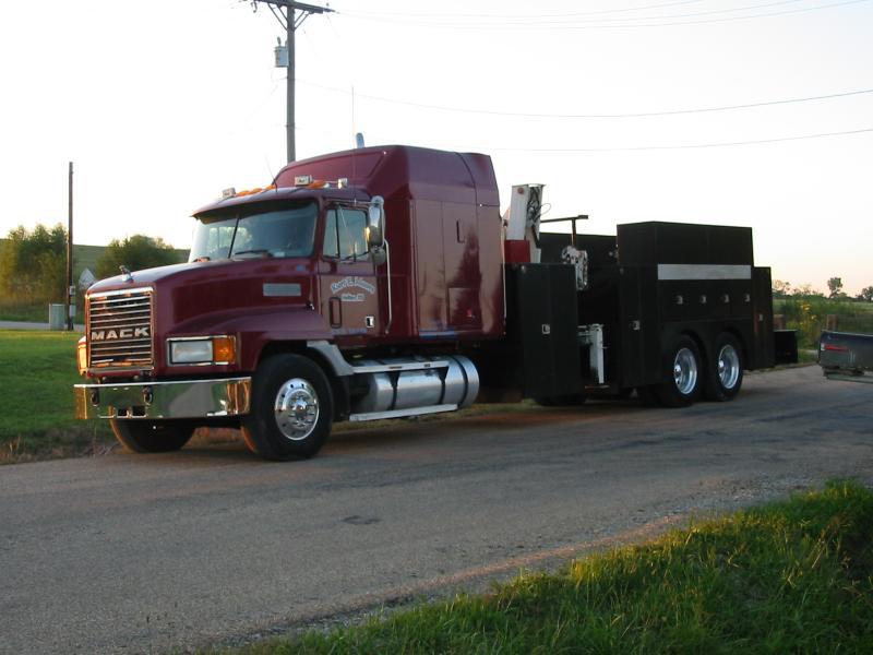 Mack Truck 036.jpg