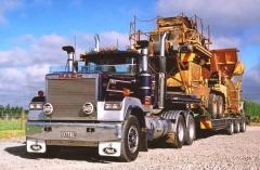 Nigel's Mack Superliner #2