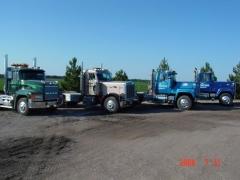 da trucks.jpg