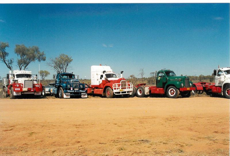 Working B (with sleeper) at Alice Springs 08/05