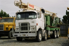 Mack FIR-700 8x4 drill rig, bit sad