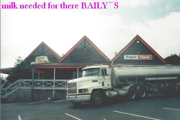 milk4Baileys....hehehe.JPG