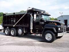 Black 2004 Mack RD688S Legend Tri Axle Dump 2.jpg
