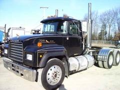 Black 2004 Mack RD Legend Tractor.jpg