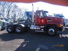 2007 CL733 Tractor.JPG