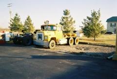 Trucks 004.jpg
