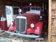 1942 80 LS Fire Truck