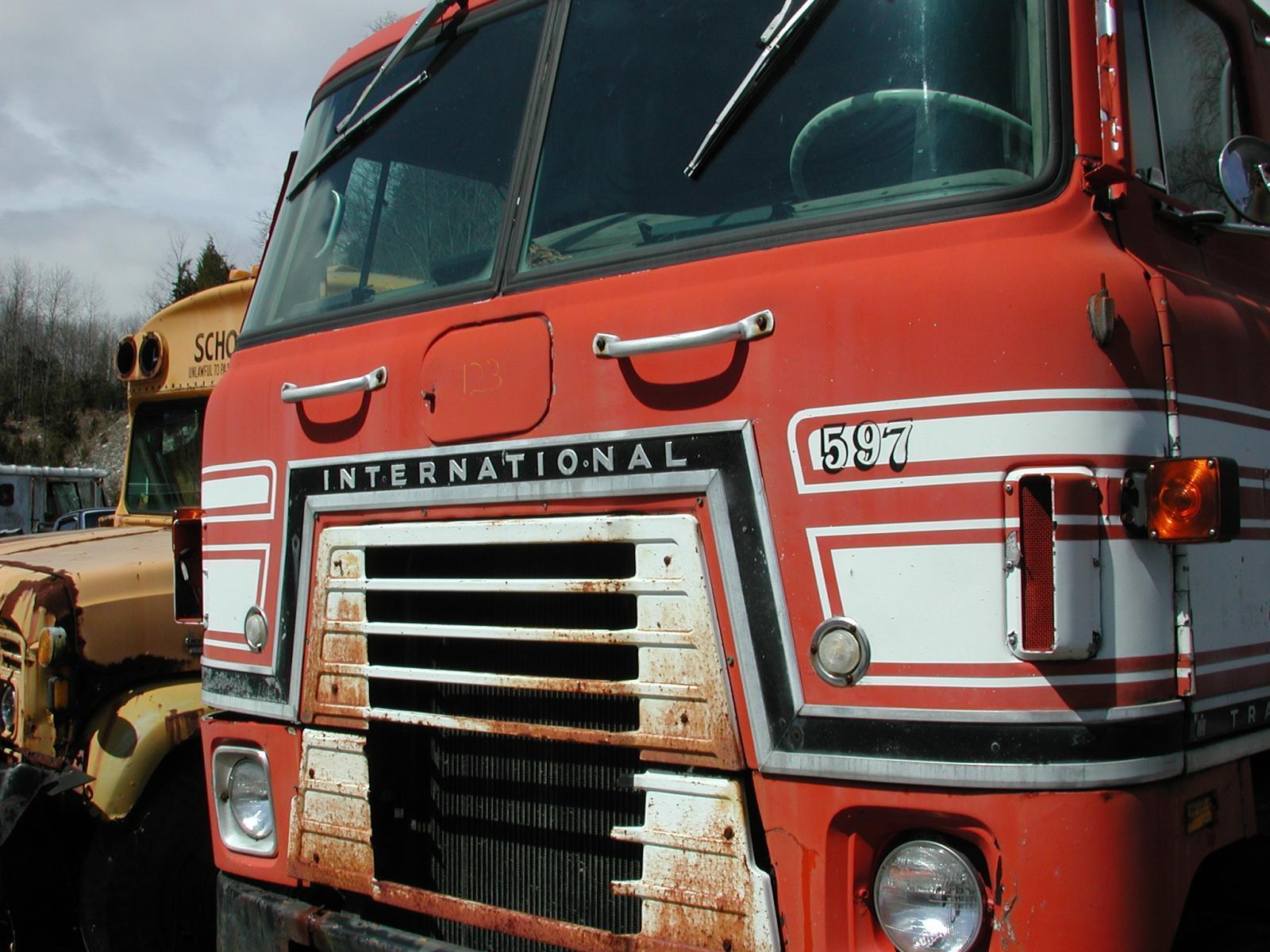 International Transtar 2 front
