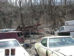 truck yard grave 032.jpg