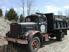 truck yard grave 034.jpg