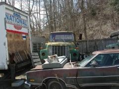 truck yard grave 025.jpg