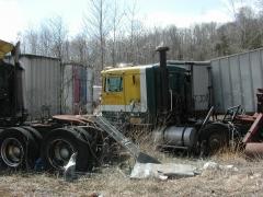truck yard grave 045.jpg