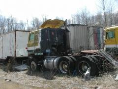 truck yard grave 044.jpg