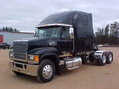 NEW PINNACLE AXL FORWARD..MY NEXT TRUCK???