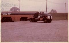 1962 G.M.C. B-7000 with 6-V-71 Detroit