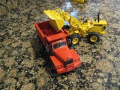 Mack B815SX dump, Don Mills truck
