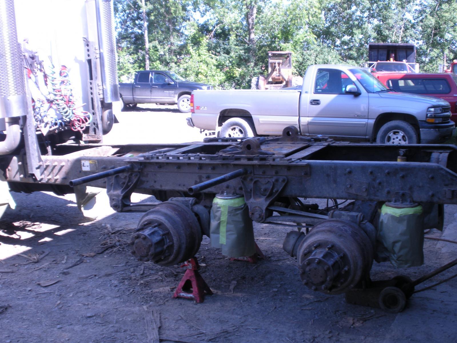 Mack truck 023.jpg