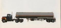 Mack R-685 ST.JPG