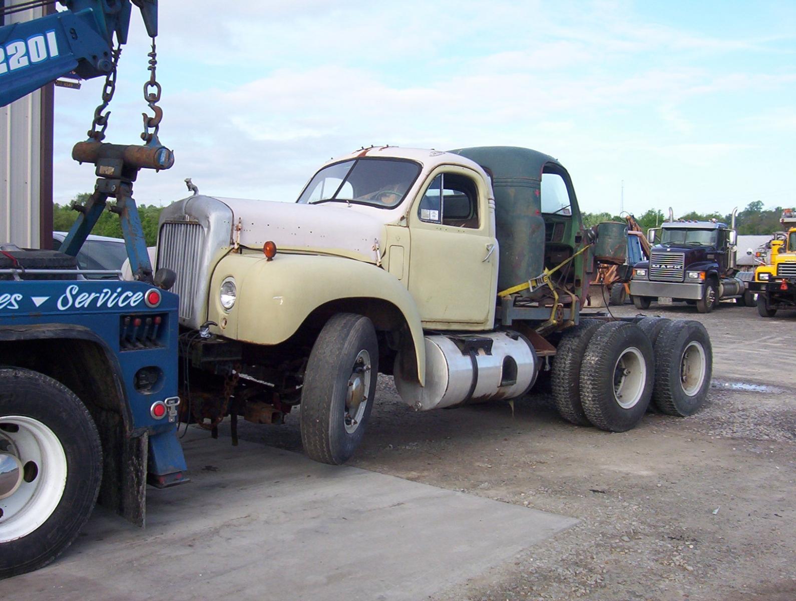 Watt's Mack B61 Restoration Project
