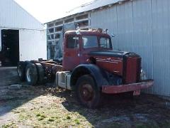 1949 Mack LF