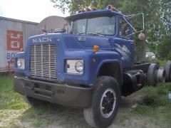truck jeal 002.jpg