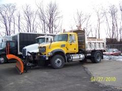 2010 Mack GU712 (Before)