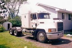 1998 Mack