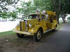 1951 Mack 405A 1002