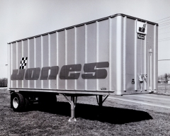jones motor Pup Trailer