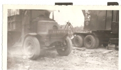 Old mack Trucks 003