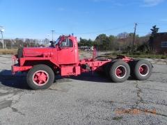 1964 B87 Tractor