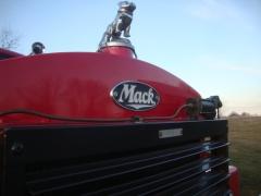B 81 Mack Grille