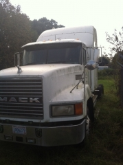 1999 Mack CH613 03