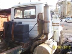 Mack R688ST 022.jpg