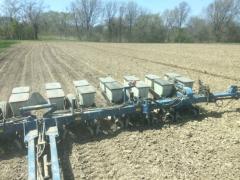 Planting corn spring 2015