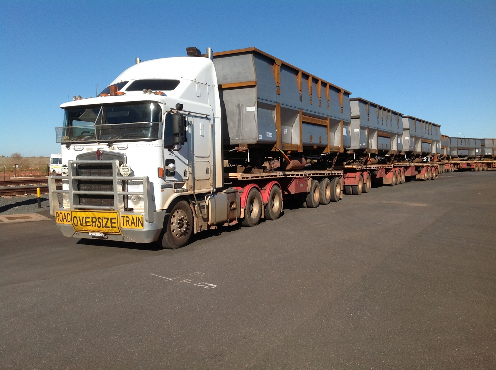 Kenworth k104 road train