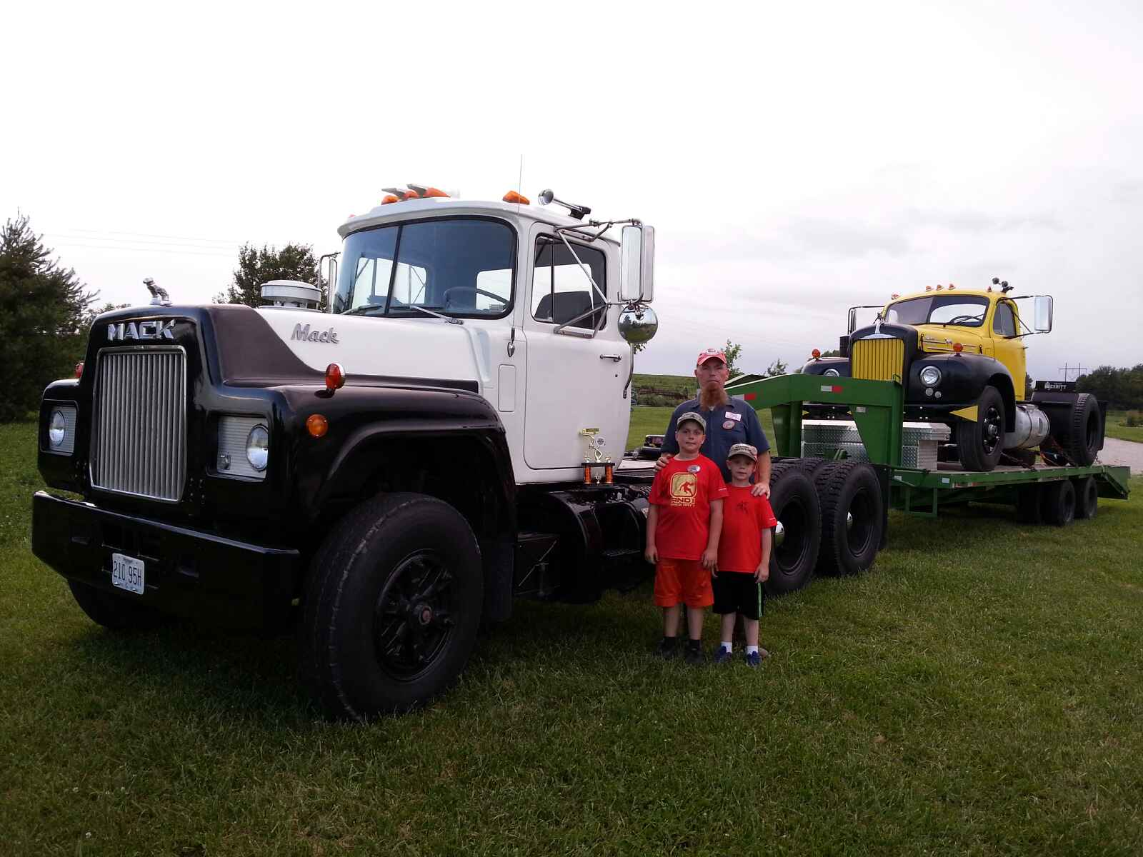 Won 4th place semi truck divison July 2014